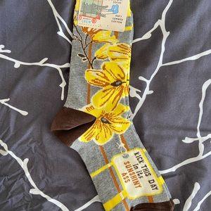 NWT Women's Floral Crew Socks
